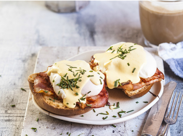 Фото №3 - Рецепт с историей: как готовить яйцо-пашот