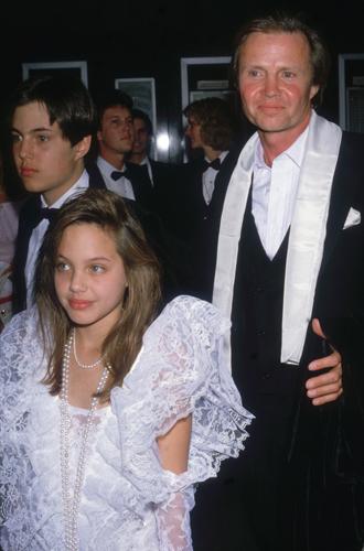 Фото №2 - 6 навязчивых идей Анджелины Джоли, разрушивших ее брак
