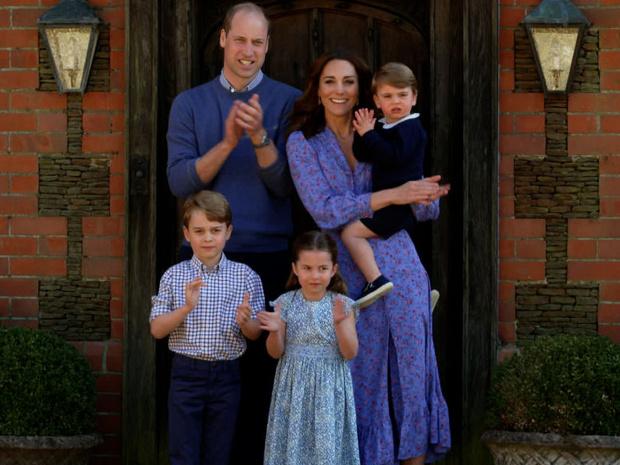 Фото №3 - «Эффект Шарлотты»: в чем юная принцесса скоро обойдет свою маму