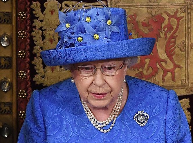 Фото №2 - Намек понят: как на самом деле Елизавета II относится к Brexit