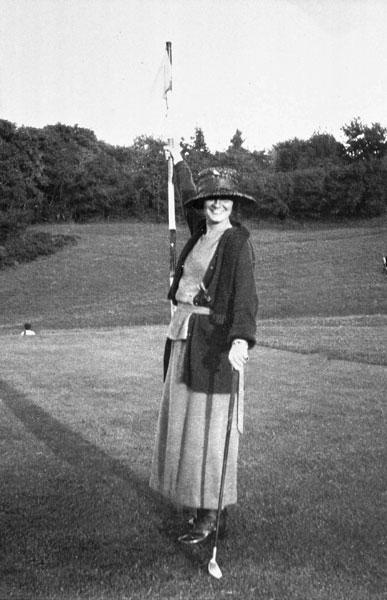 Коко Шанель, 1910 год