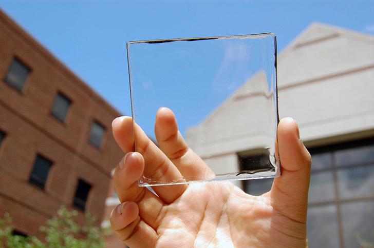 Фото №1 - Изобретен прозрачный концентратор солнечной энергии