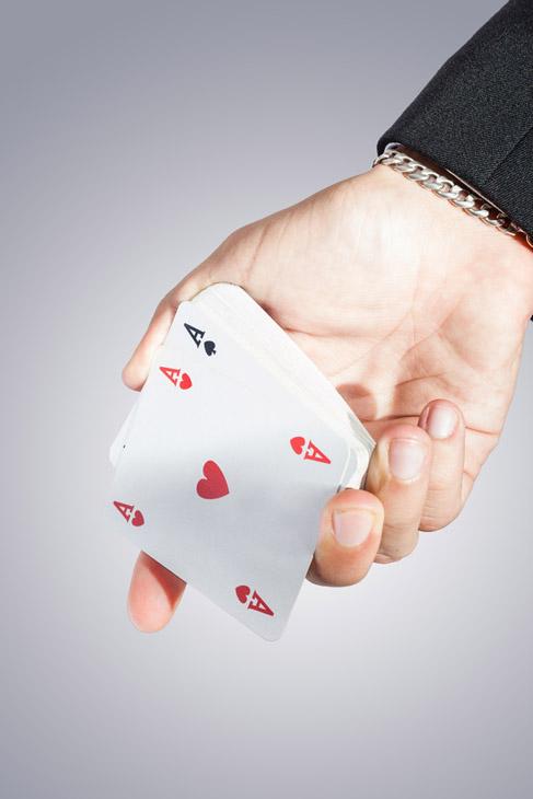Shutterstock<strong>&laquo;Липок&raquo; &ndash; орудие карточных мошенников</strong>