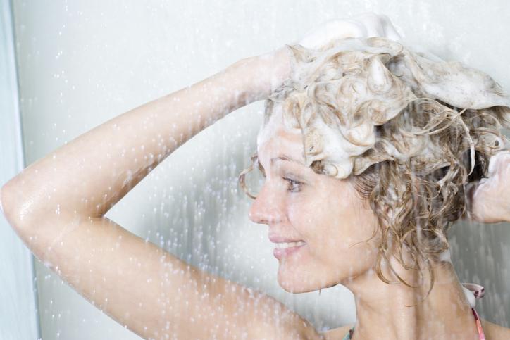 Фото №2 - 9 советов, если волосы быстро становятся жирными