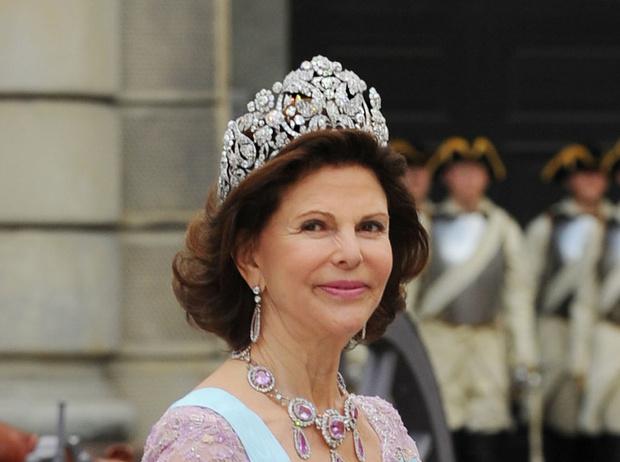 Фото №2 - От бижутерии до бриллиантов: тиары шведской королевской семьи