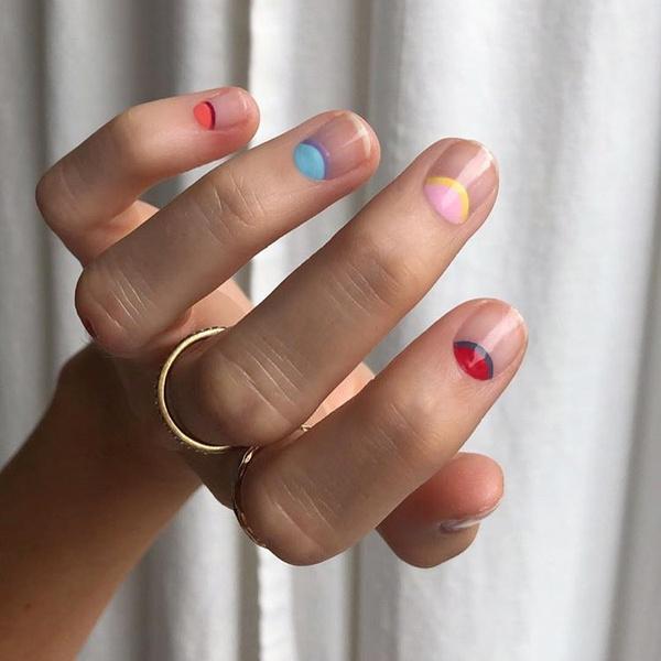 Фото №3 - Маникюр для начинающих: простые дизайны, с которыми справится даже новичок