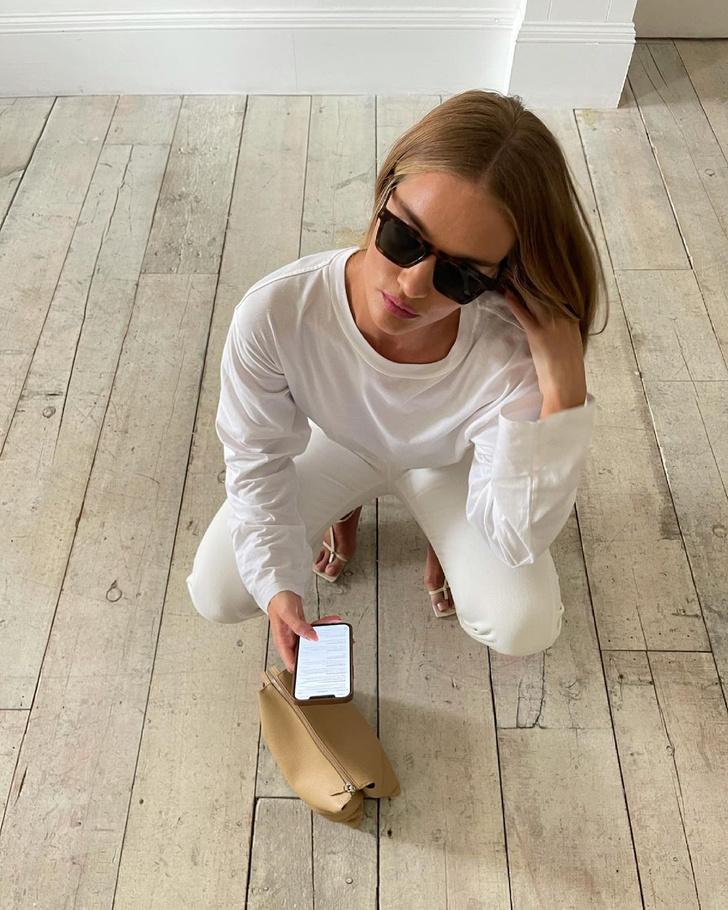 Фото №2 - Как выглядят безупречные белые джинсы для лета? Показывает Роузи Хантингтон-Уайтли