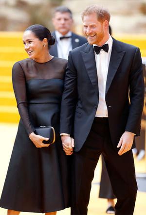 Фото №13 - Лучшие образы герцогини Меган в 2019 году