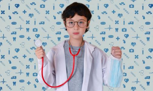 Фото №1 - Тысячи лайков и историй выздоровления. Петербуржцы выбрали самых любимых детских врачей