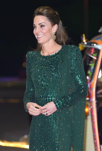 Фото №22 - Лучшие образы герцогини Кейт в 2019 году