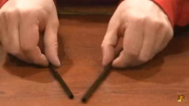 Фото №1 - Отличный трюк с двумя трубочками для коктейля
