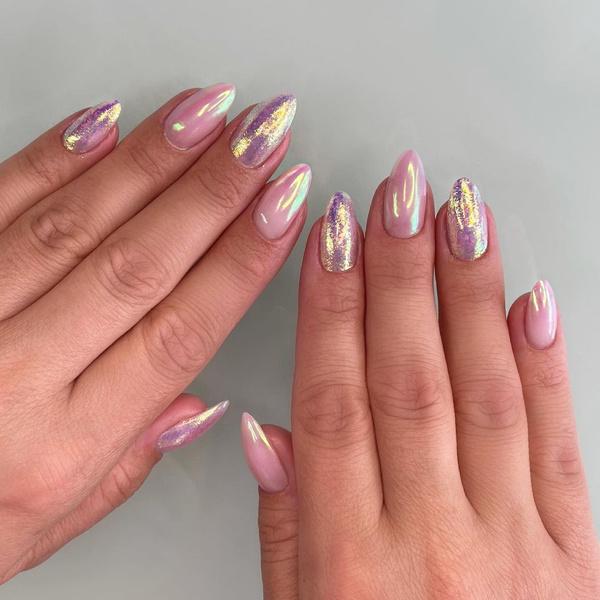 Фото №9 - Северное сияние на ногтях: трендовый маникюр из Инстаграма