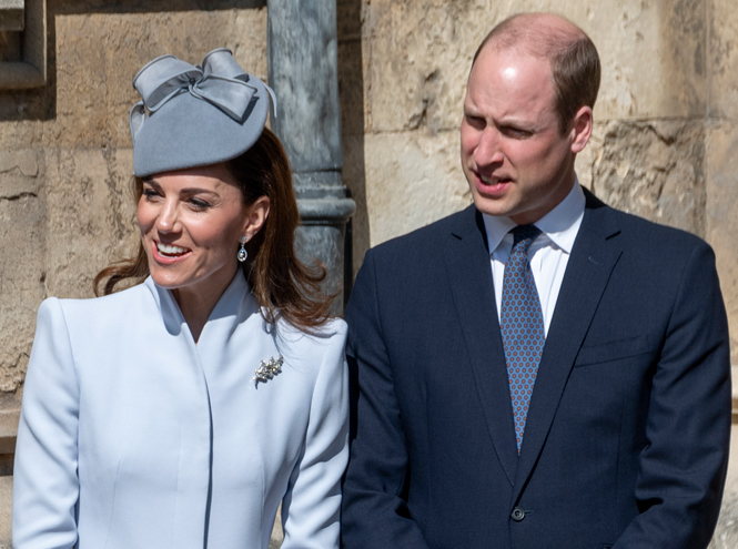 Фото №5 - Какое послание несет выбор украшений герцогини Кейт для пасхальной службы