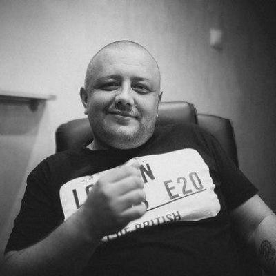 Фото №5 - Артемий Лебедев ославил нижегородскую «скамейку блогеров» ижевского скульптора