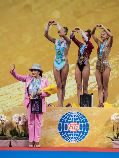 Фото №5 - «Я первой в Ташкенте надела черные чулки и мини»: как Ирина Винер стала королевой гимнастики, морила Алину Кабаеву голодом и дождалась мужа из тюрьмы