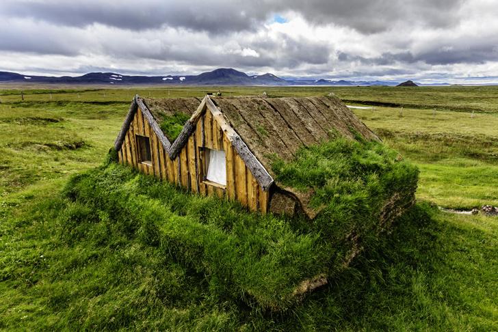 Фото №1 - Народная стройка: 9 необычных традиционных жилищ