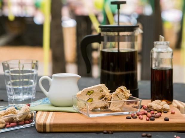 Фото №6 - Мятный, десертный, газированный: три рецепта холодного кофе для жаркого лета