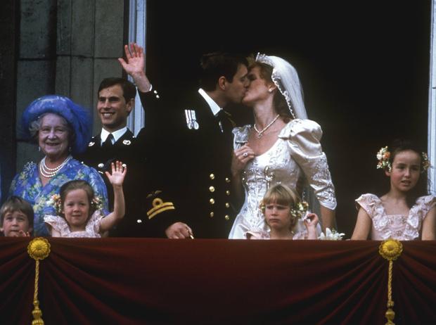 Фото №5 - Ничто не разлучит: 7 фактов о скандальном браке Эндрю и Сары, которые вы могли не знать