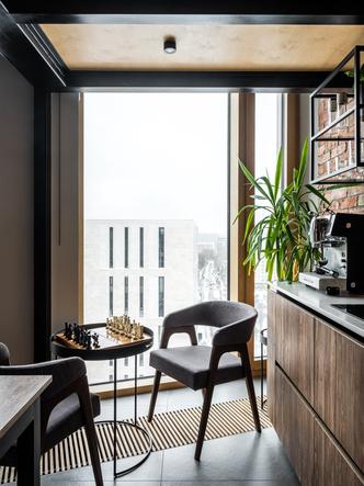 Фото №4 - Московская квартира с панорамными окнами и антресолью