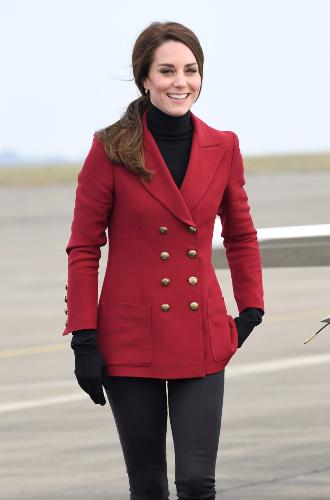 Фото №18 - Принцесса масс-маркета: как герцогиня Кейт носит одежду бюджетных брендов