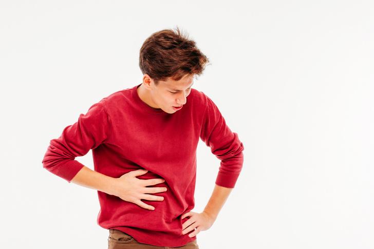 боль живот справа бок