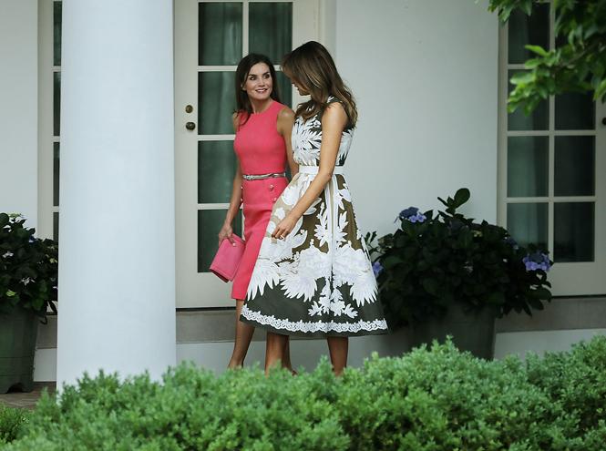 Фото №6 - Королева Летиция пришла на встречу с Меланией Трамп в платье Мелании Трамп