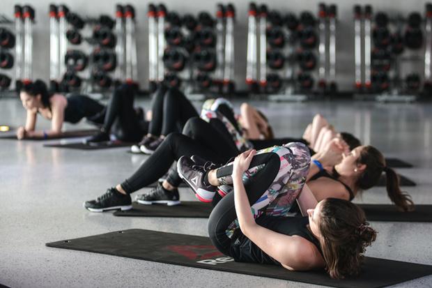 Фото №12 - Разбудить тело: 5 новых тренировок по функциональному тренингу