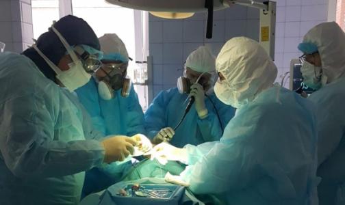 Фото №1 - Как будет двигаться очередь на ВМП. Городские «ковидные» больницы начинают плановый прием петербуржцев