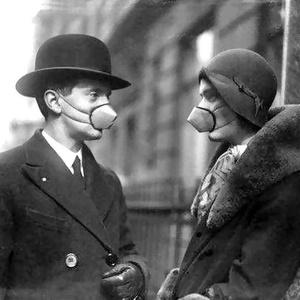 Фото №3 - История медицинской маски в картинках: от чумных докторов до наших дней