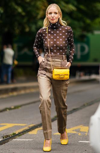 Фото №3 - Анти-оверсайз: как носить облегающие вещи и выглядеть стильно