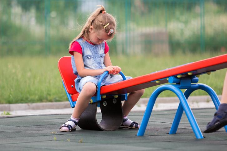 Почему нельзя заставлять детей делиться игрушками