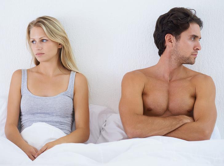 Фото №6 - Понять, простить, забыть: 10 признаков того, что он теряет к вам интерес