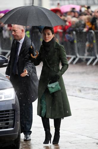 Фото №5 - Кейт и Уильям в Блэкпуле: детали визита и образа герцогини