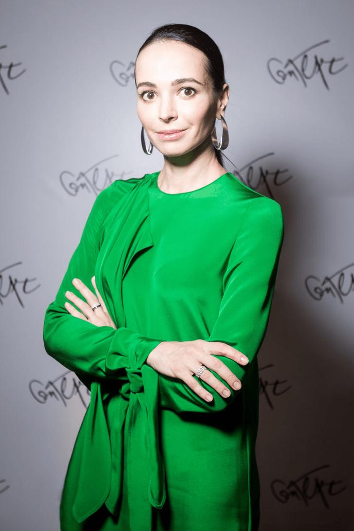 Фото №1 - Как прошел предновогодний вечер Дианы Вишневой?