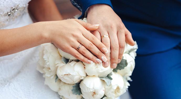 Муж узнал в невесте с чужой свадьбы жену и разоблачил масштабную аферу