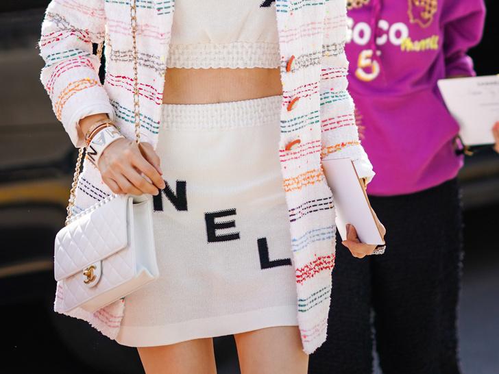 Фото №13 - Как носить броши: 12 простых и стильных способов