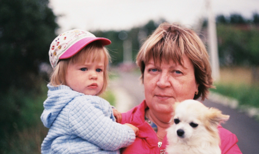 Фото №1 - «Веселая, добродушная, любимая мама. Ей был всего 61 год». В Петербурге от коронавируса снова умер врач