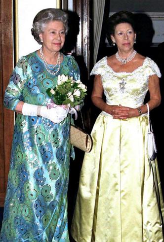 Фото №4 - Мечта Маргарет: какой привилегии Королевы завидовала ее младшая сестра