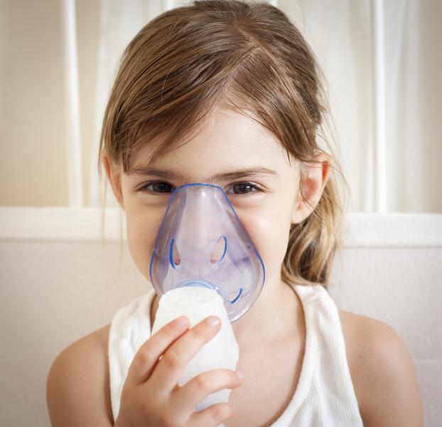 Фото №2 - Горчичники и банки: так ли безвредны бабушкины методы борьбы с простудой