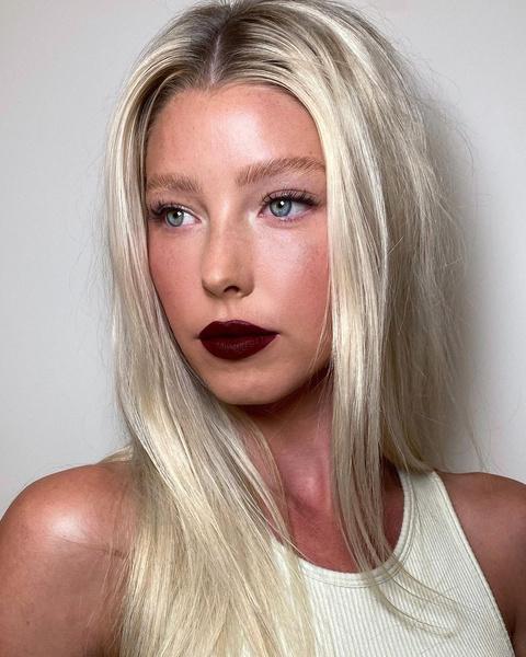 Фото №6 - Такой разный пепельный блонд: 20 оттенков и причесок 😍