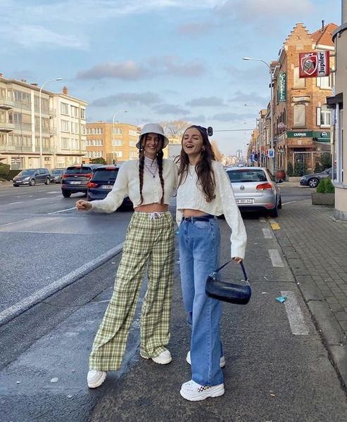Фото №2 - Модная шпаргалка: рассказываем, как выбрать правильную длину брюк