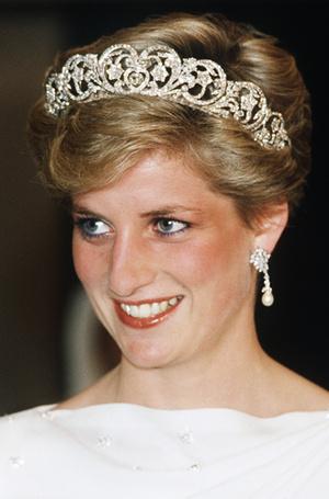 Фото №3 - Некрасивая Диана: как принцесса справлялась с комплексами по поводу внешности