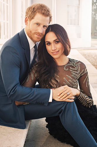 Фото №4 - 6 знаковых различий в помолвочных фото принцессы Евгении с Джеком и принца Гарри с Меган