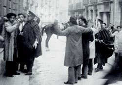 Фото №6 - Испания: католичество против коммунизма