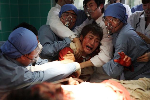 Фото №11 - 10 лучших фильмов про смертельные эпидемии