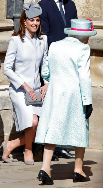 Фото №4 - Какое послание несет выбор украшений герцогини Кейт для пасхальной службы