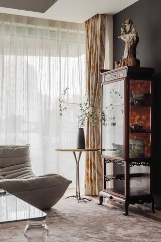 Фото №4 - Эклектичная квартира с винтажной мебелью в Шанхае