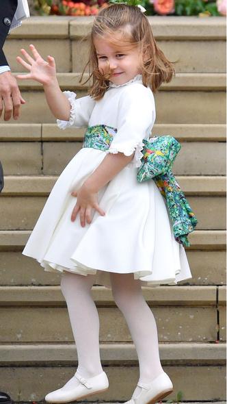 Фото №9 - Самые милые фото Джорджа и Шарлотты на королевских (и не только) свадьбах