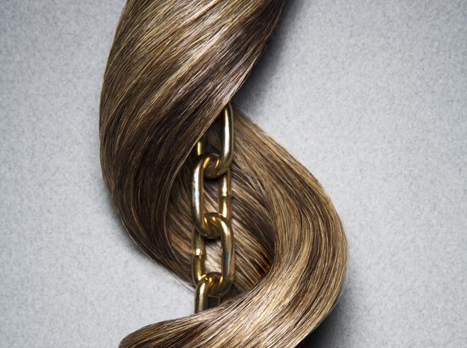 Фото №1 - Готовим волосы к зиме: что такое ампульное лечение и почему оно так удобно