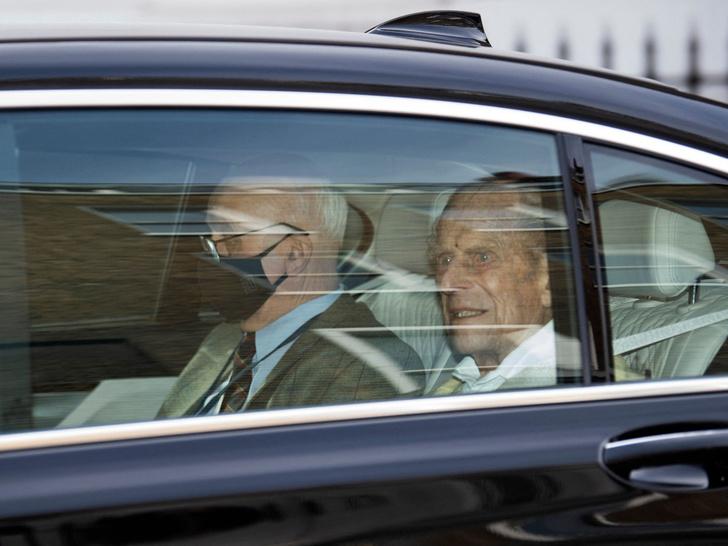 Фото №4 - Главная причина, почему Королева не стала наносить «ответный удар» по Сассекским